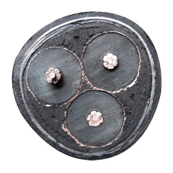 新东方电缆 YJY23-26/35kV 中压电力电缆 3*50