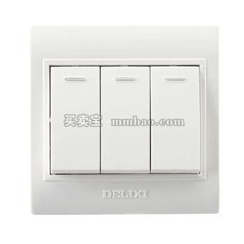 德力西电工 CD130明装开关插座 三联单控开关 三开单控开关